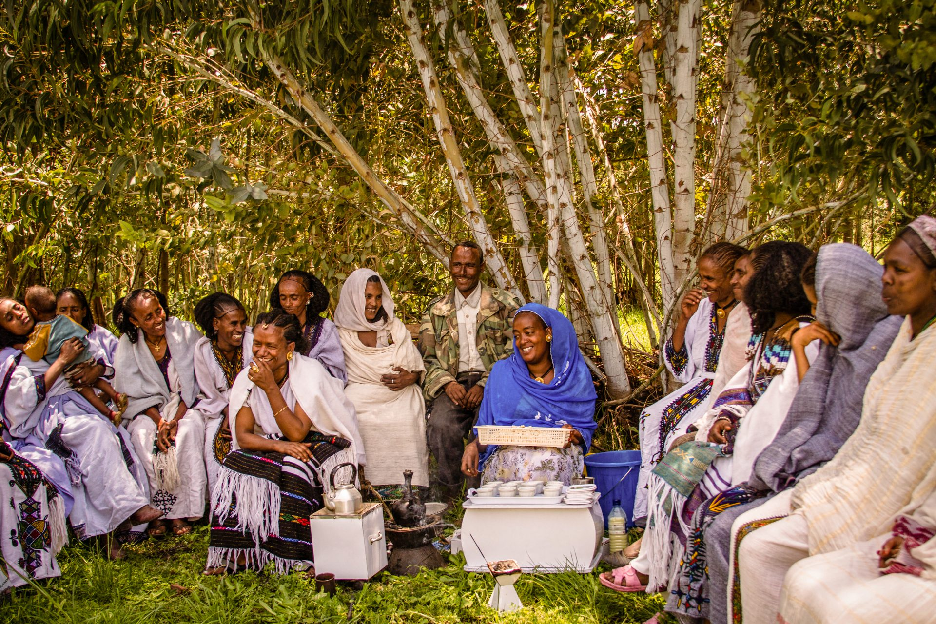 HIV-Positive mother mentors giving training during a coffee ceremony. ©MSH/Genaye Eshetu